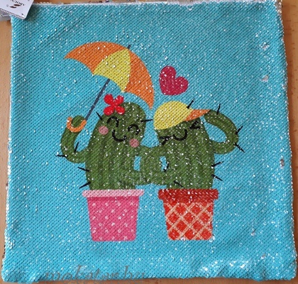 Kaktuszos díszpárnahuzat cipzáras simis, flitteres1